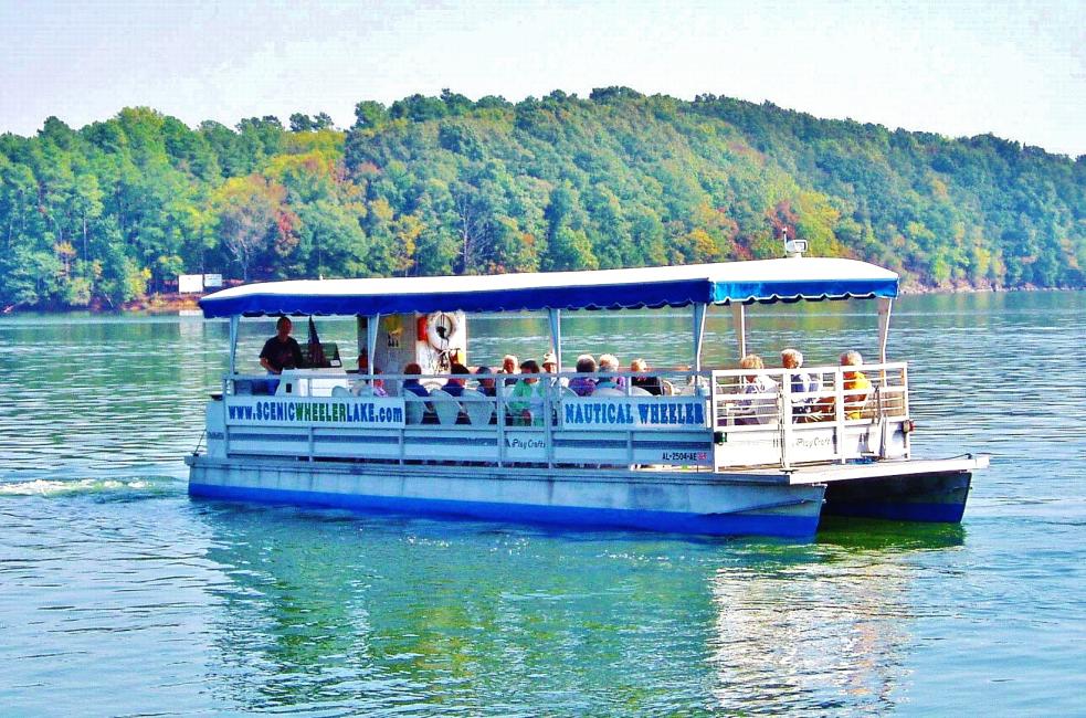 Scenic Lake Cruises