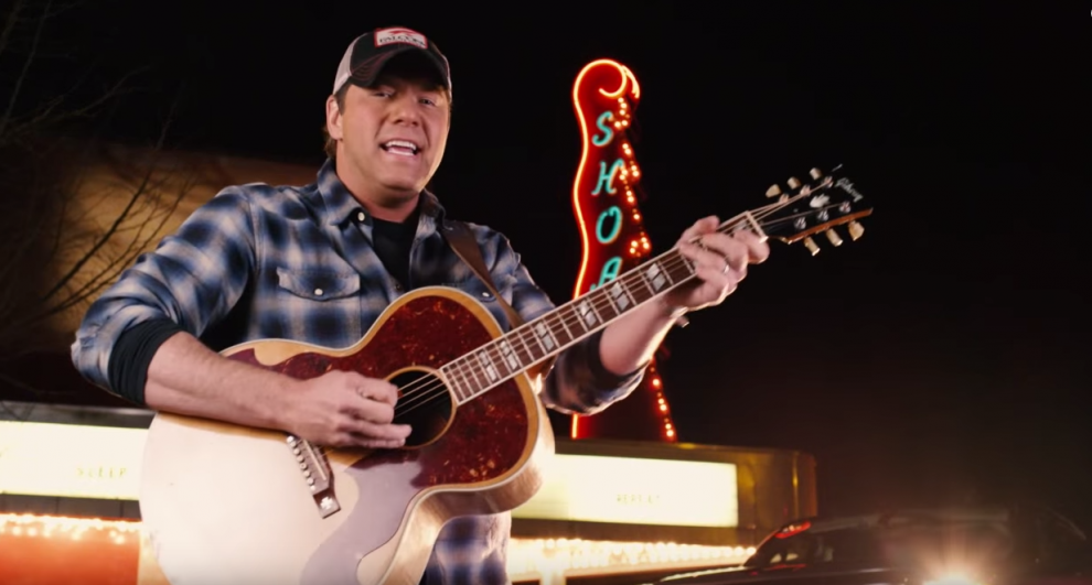 Rodney Atkins films video in Florence