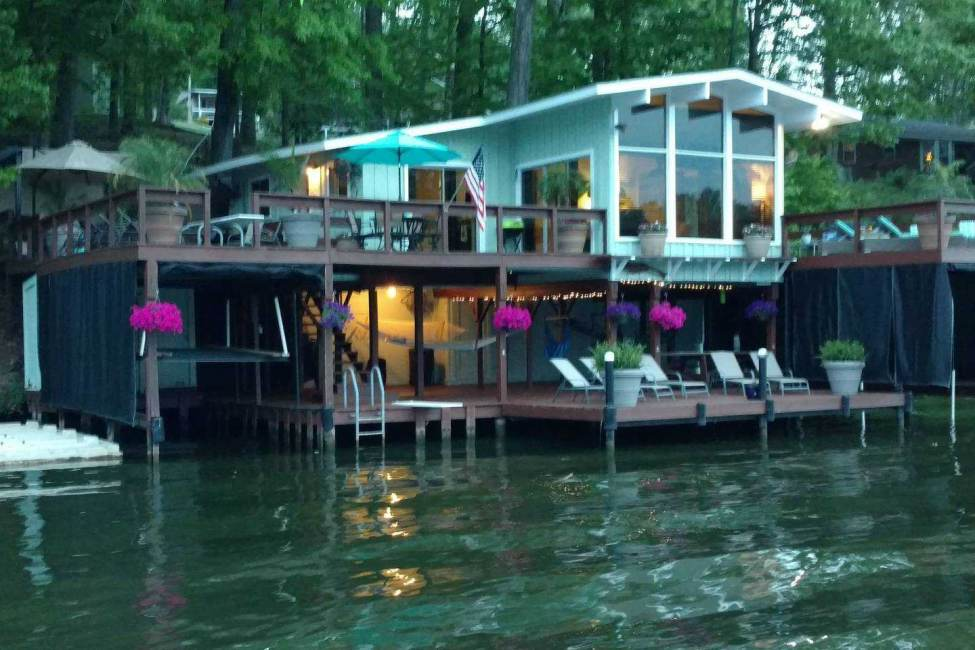 NEW LISTING!! Unique Lake Cottage over the lake!